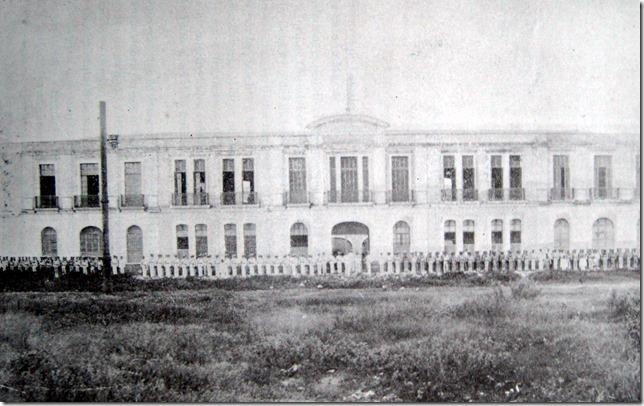 Escuela Naval Militar - Fachada principal - Veracruz